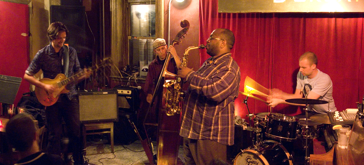 Anders Nilsson, Peter Nilsson, Darius Jones and Dave Ambrosio - Barbes 2007