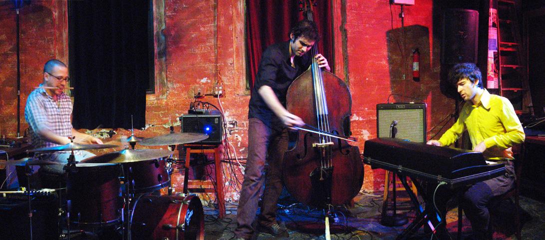 Taq with Marcin Masecki, Garth Stevenson and Ziv Ravitz - Tea Lounge 2006