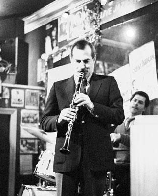 Kenny Davern 0322118 Prince of Orange, Rotherhithe, London. December 1984. Images of Jazz