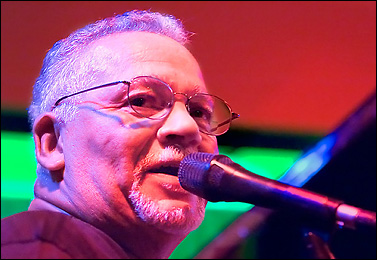 Joe Sample - [url=http://WWW.Jazzfotografie.Eisi.At/]WWW.Jazzfotografie.Eisi.At[/Url]