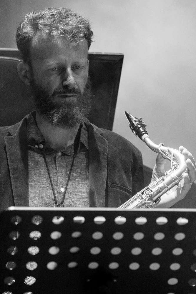 Nicolas Masson - Bänz Oester & The Rainmakers