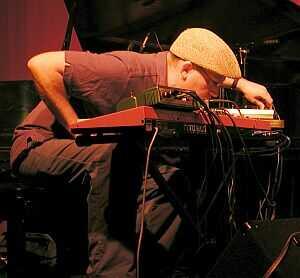 Wayne Horvitz Improv Set with Ikue Mori, Carla Kihlstedt and Erik Friedlander @ Tonic, July 6, 2001.