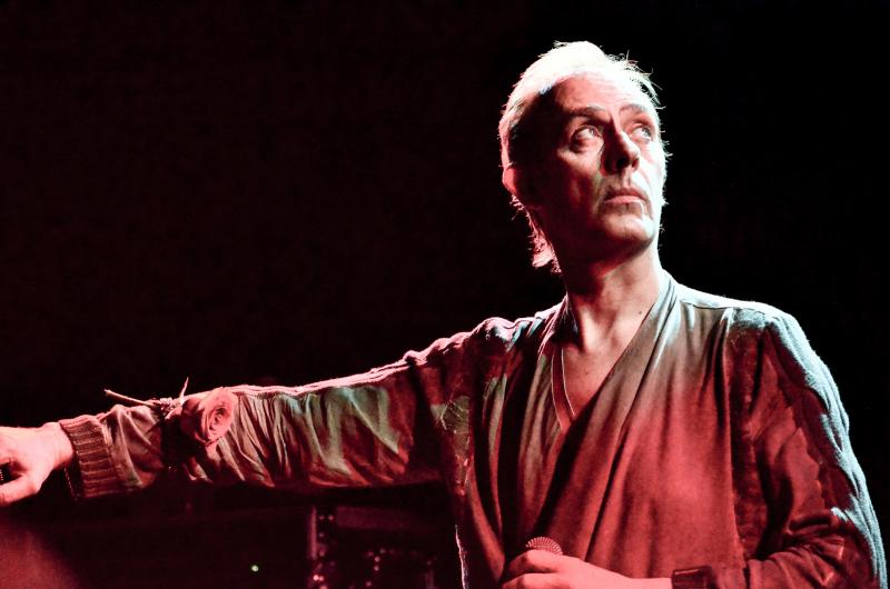 Peter Murphy at (le) Poisson Rouge