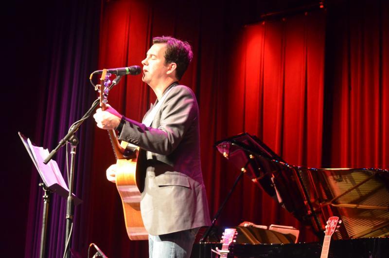 Duncan Sheik: Bayshore, NY, December 9, 2011