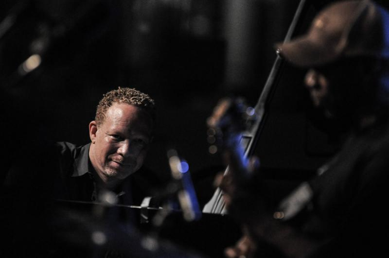 Craig Taborn and his multiple motion