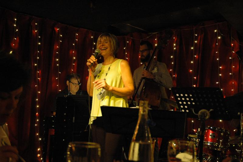 Mary Ellen Desmond at Paris Bistro and Jazz Café