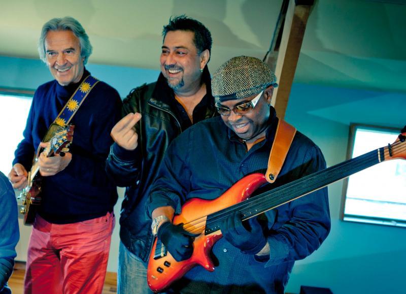 McLaughlin, Barot, & Mbappe Remember Mandolin Shrinivas