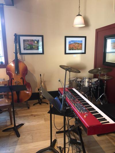 The G Notes Jazz Trio @ The Deerfield Inn at The Deerfield Inn Sunday Jazz Series at The Deerfield Inn