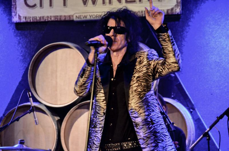 Peter Wolf & the Midnight Travelers at City Winery