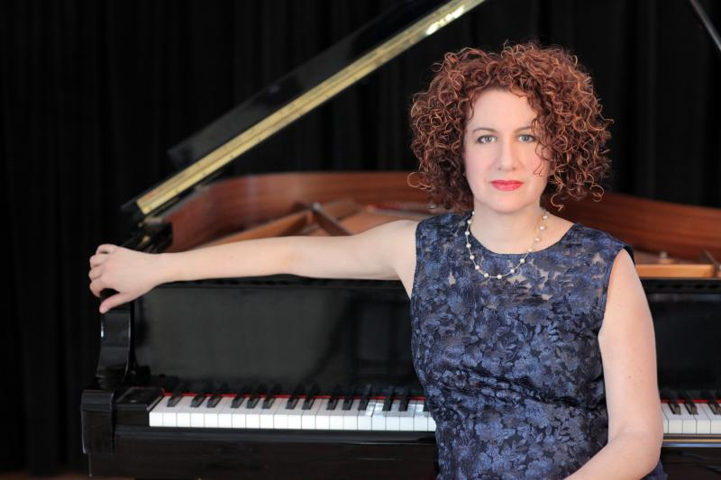 Roberta Piket: Focusing on the Music