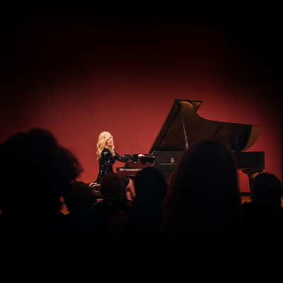 Lisa Hilton Performs Music from the album OASIS at Zipper Hall at Colburn School