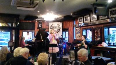 Beverly Taft Quartet at The Rex Hotel Jazz and Blues Bar