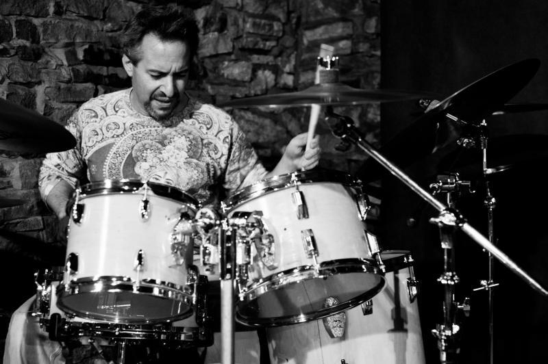 Robert Castelli & Boom! at Jamboree Jazz Club