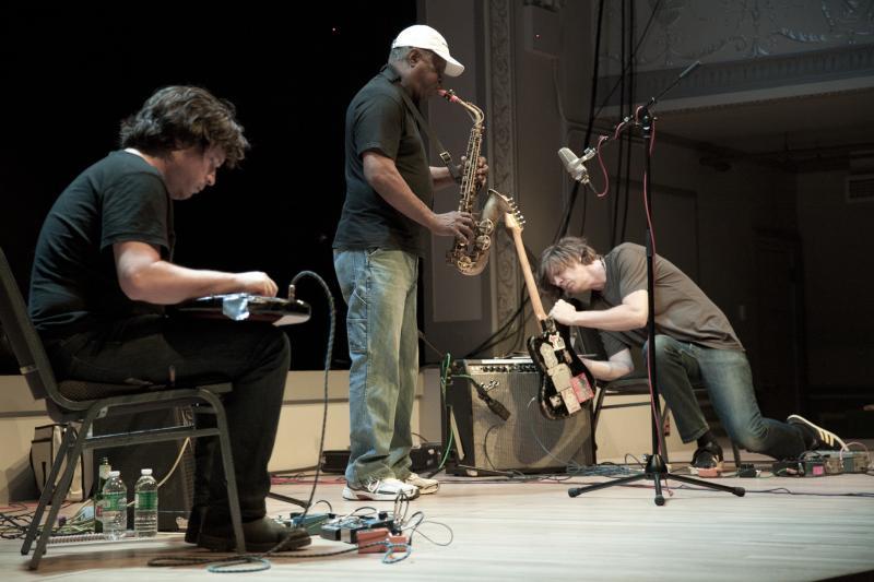 Henry Cole, Joe McPhee & Ravi Coltrane