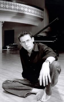 Pianist Misha Piatigorsky Interviewed at AAJ