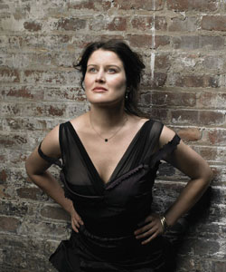 Paula Cole Joins Voice Department At Berklee College Of Music