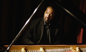 Read Eric Reed at Smoke Jazz & Supper Club