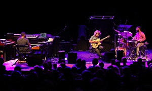 Jazz article: Pat Metheny Side Eye at the Paramount Theatre