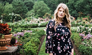 Vocalist Kristin Callahan Offers Pensive, Romantic, Latin-Tinged Arrangements, Warm Acoustic Group Sound On Her Vibrant New Release Lost In A Dream