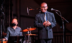Interview with Kenny Washington with the John Toomey Trio at Bank St Stage