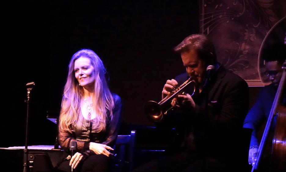 Tierney Sutton At The Jazz Corner