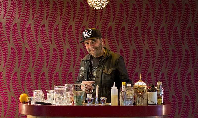 Daniel Lanois: I Look for Commitment and a Lot of Heart and Soul