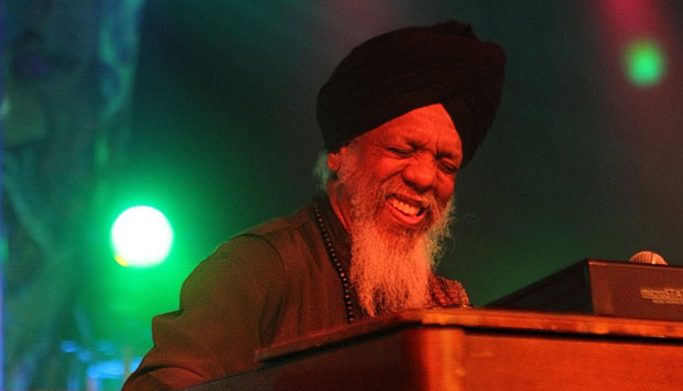 Dr. Lonnie Smith: But Beautiful