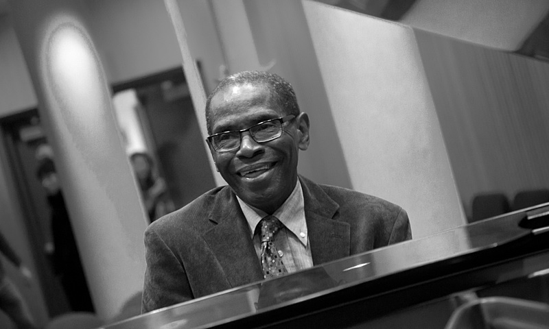 George Cables: The Pianist's Dedication to the Group