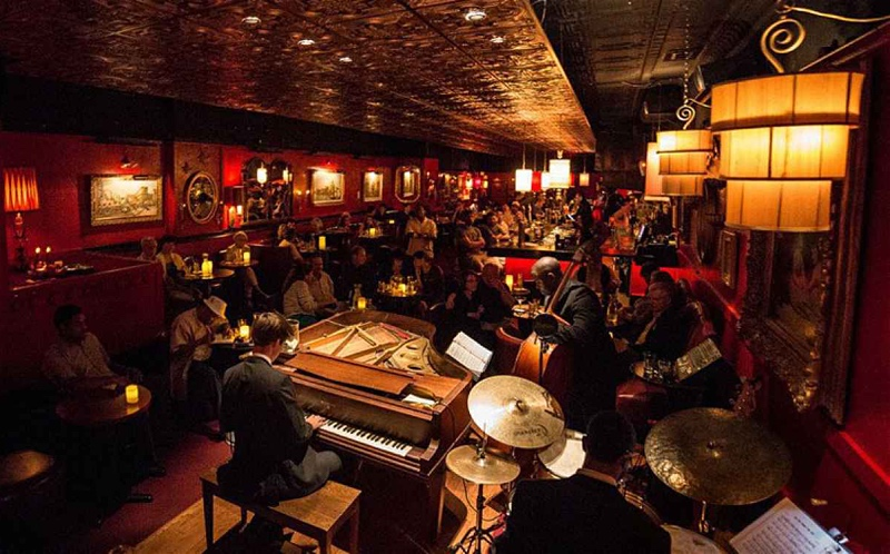 Green Lady Lounge: A Jazz Club With a Point of View