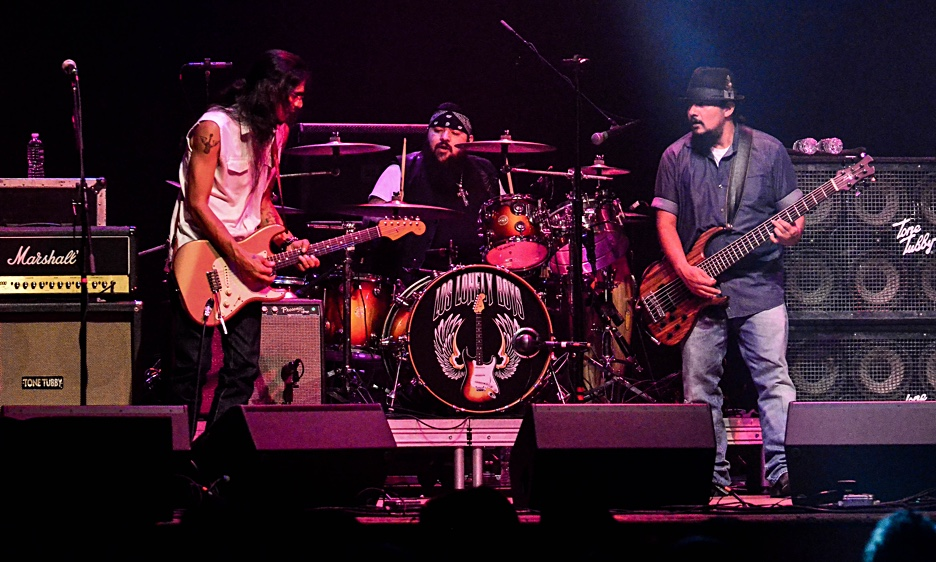 Los Lonely Boys And The Gary Douglas Band At The Space at Westbury