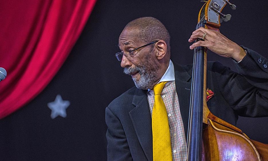 Ron Carter: The Paragon of Bass Virtuosity