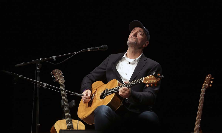 Vlatko Stefanovski's performance at the Macedonian Philharmonic Orchestra's Concert Hall 2018