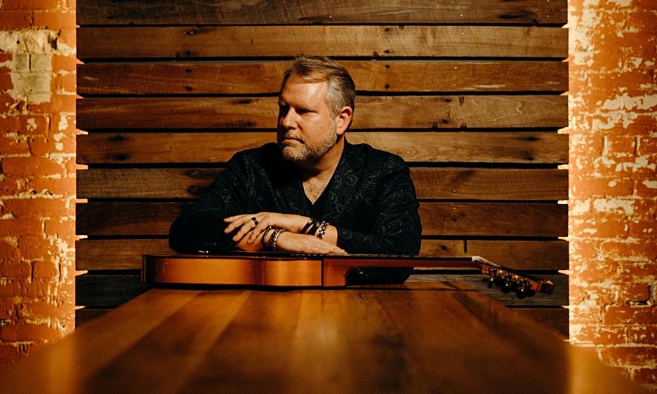 Billboard Magazine Critics' Choice guitarist Bryan Lubeck's releases 'Midnight Sun'