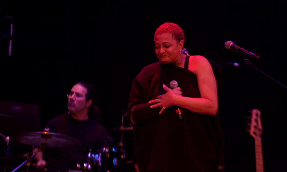 Lisa Fischer & Grand Baton At Yoshi's