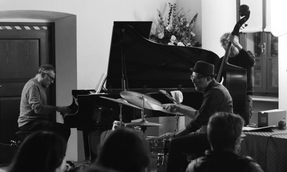 Rope Trio: omaggio a Charlie Haden