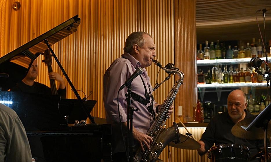 Garzone, Erskine, Pasqua, Oleskiewicz Live at Sam First