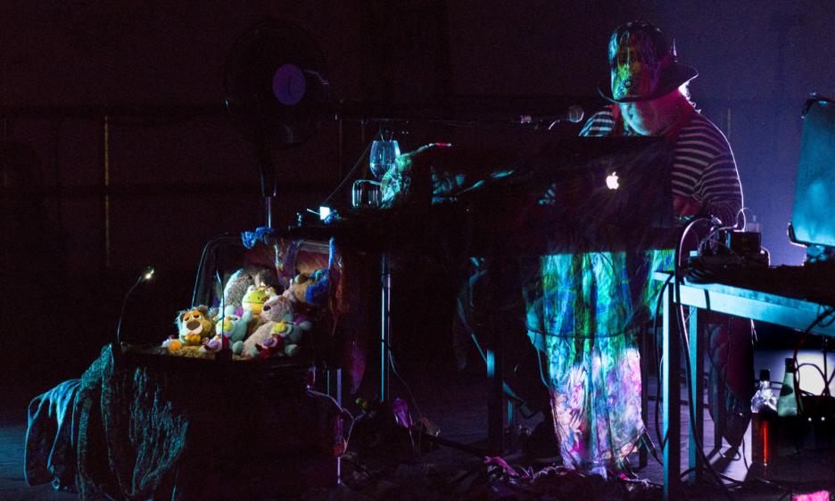 Live From Brussels: Turkish Psychedelic Nite, Charlemagne Palestine & Anna Von Hausswolff