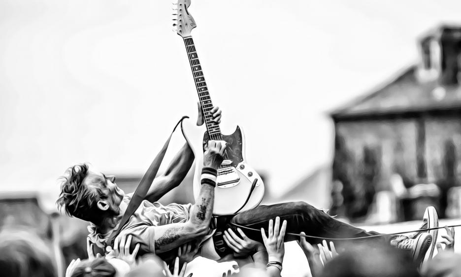 Top Ten Horizontal Guitar Players