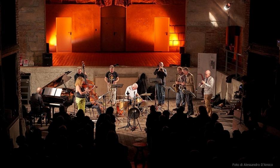 Instant Composers Pool al Teatro Garibaldi di Palermo. Organizzazione Curva Minore Contemporary Sounds 2019.