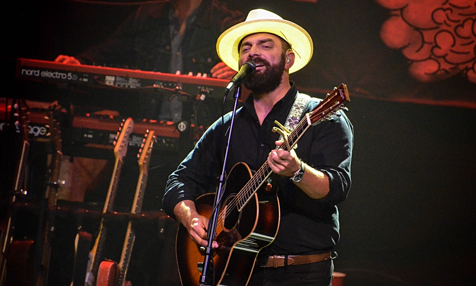 Drew Holcomb & The Neighbors with special guest Birdtalker at The Gramercy Theatre