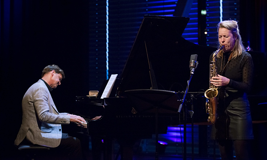 Eric Ineke JazzXpress Featuring Tineke Postma At Bimhuis