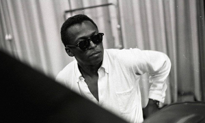Read Miles Davis: Birth of the Cool