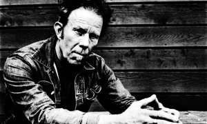Interview with Tom Waits: Ringmaster Of The Elegant Riot