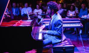 Meet Pianist Sean Mason