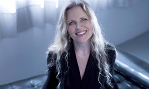 Eight-Time Grammy Nominee Tierney Sutton Debuts At Cafe Carlyle With Bergman, Legrand And Beyond, March 19-23