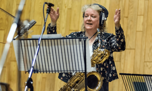Read Issie Barratt: Every Solo Is A New Invitation