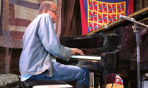 Read Matthew Shipp: Poetic Connection
