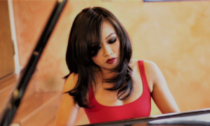 Interview with Connie Han Trio at Smoke Jazz Club