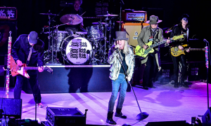 Read Cheap Trick with Aaron Lee Tasjan at The NYCB Theatre at Westbury