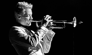 Read Chris Botti At The Charleston Music Hall
